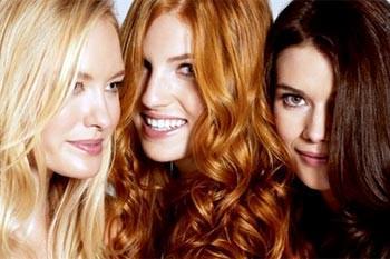 Частое окрашивание волос - одна из причин
