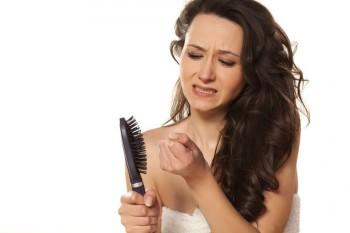 Активное выпадение волос